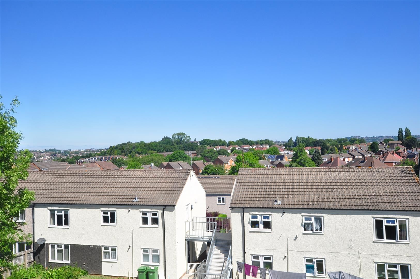 3 bed terraced for sale 10