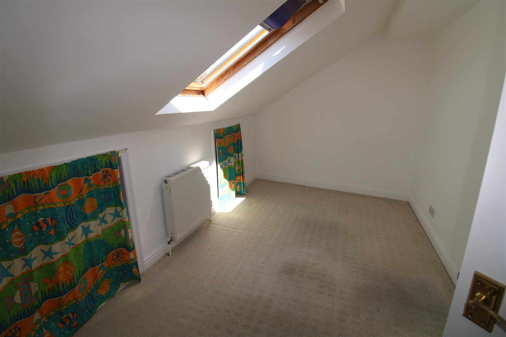 2 bed semi-detached for sale 19
