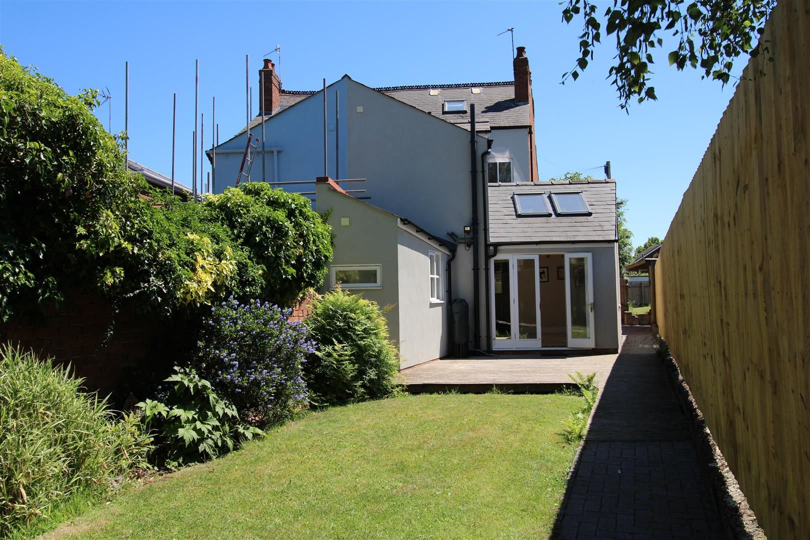 2 bed semi-detached for sale 22