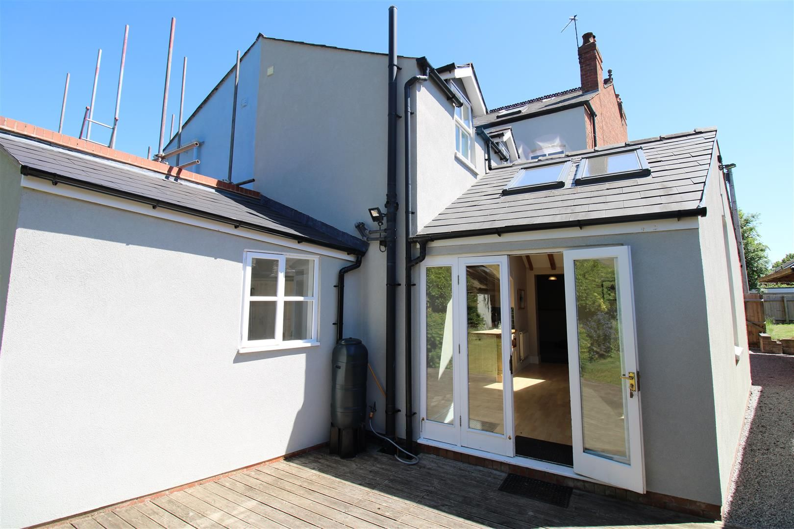 2 bed semi-detached for sale 23