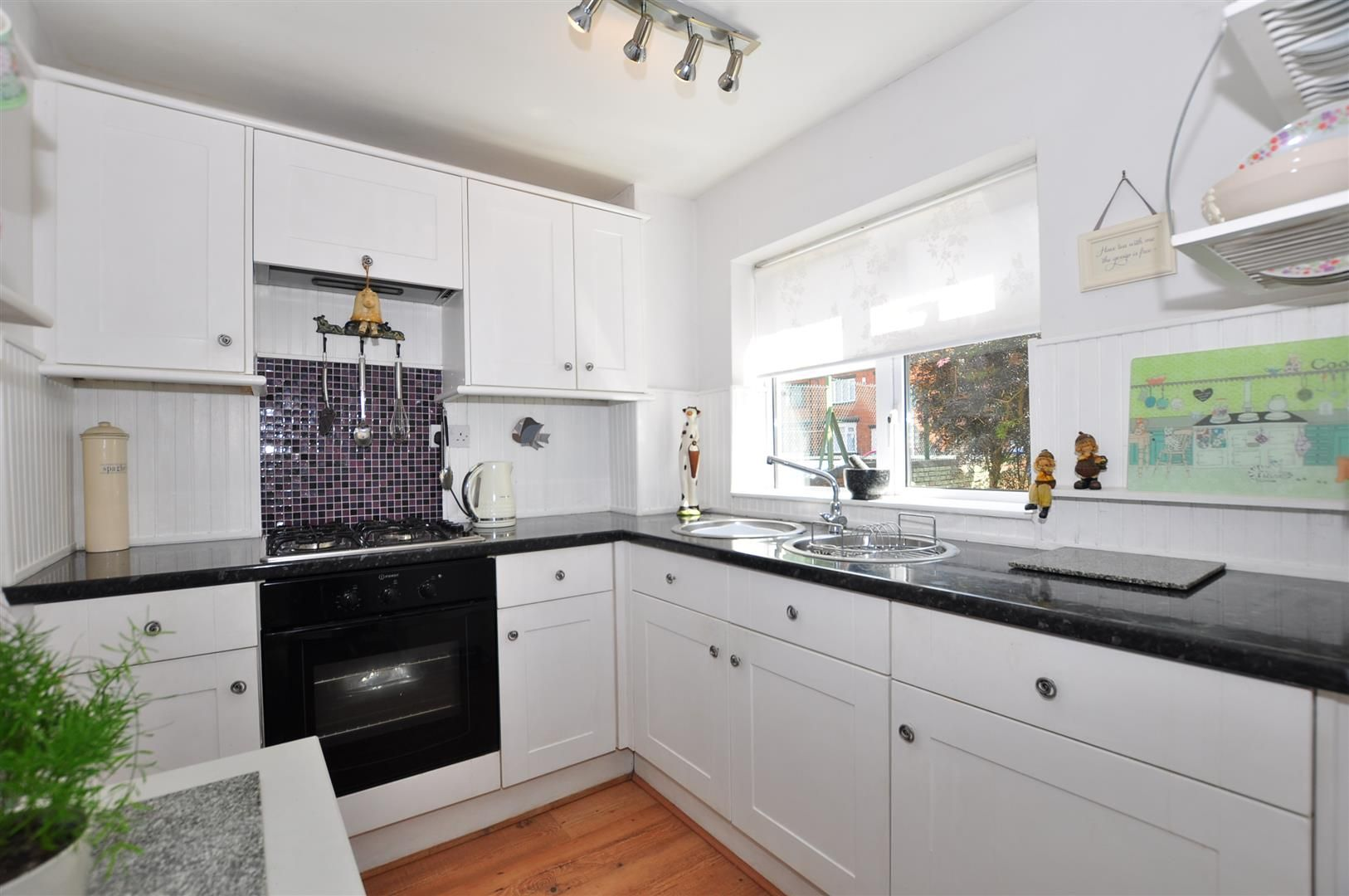 1 bed flat for sale 5