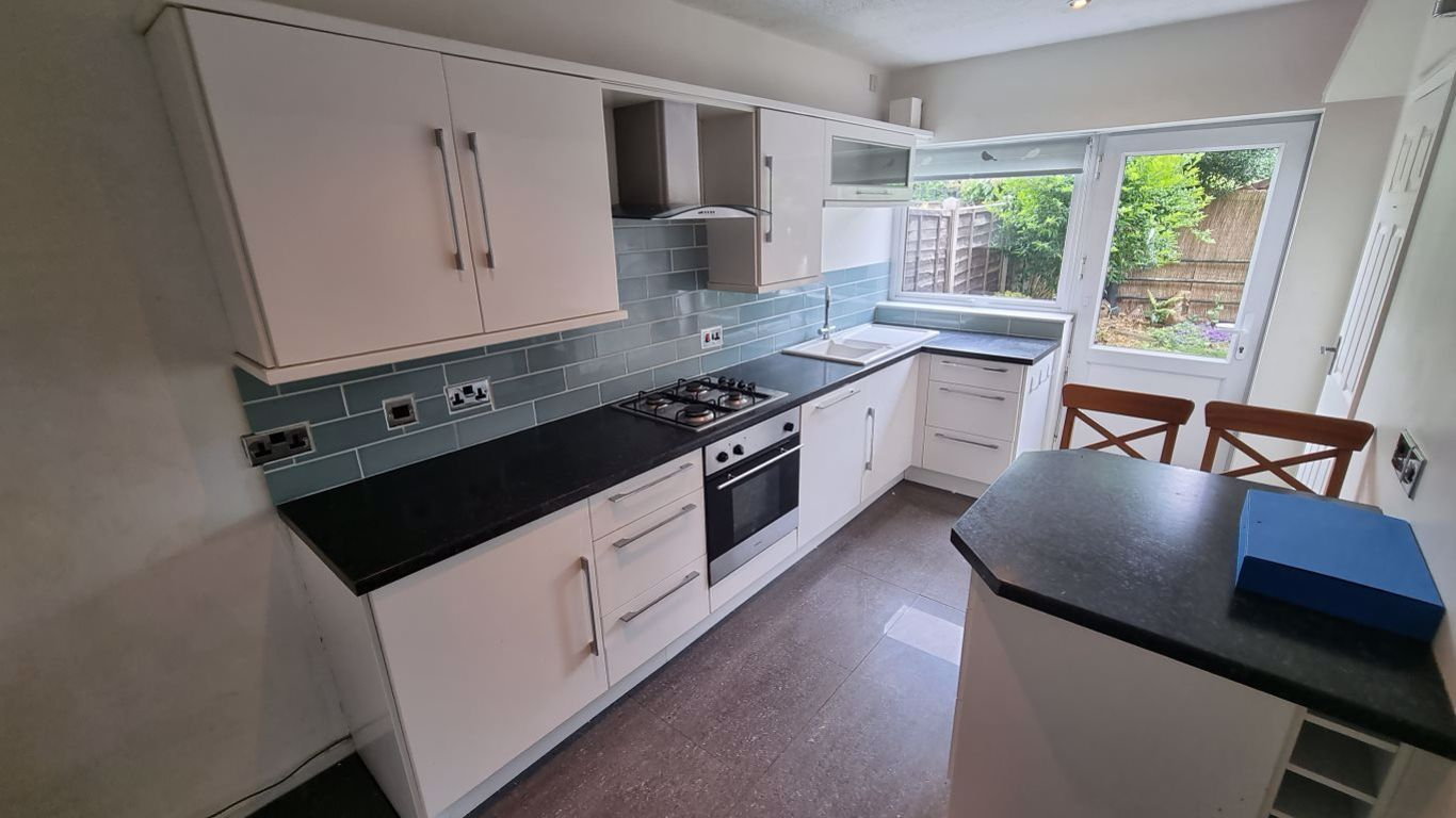 3 bed  to rent in Hagley, 2