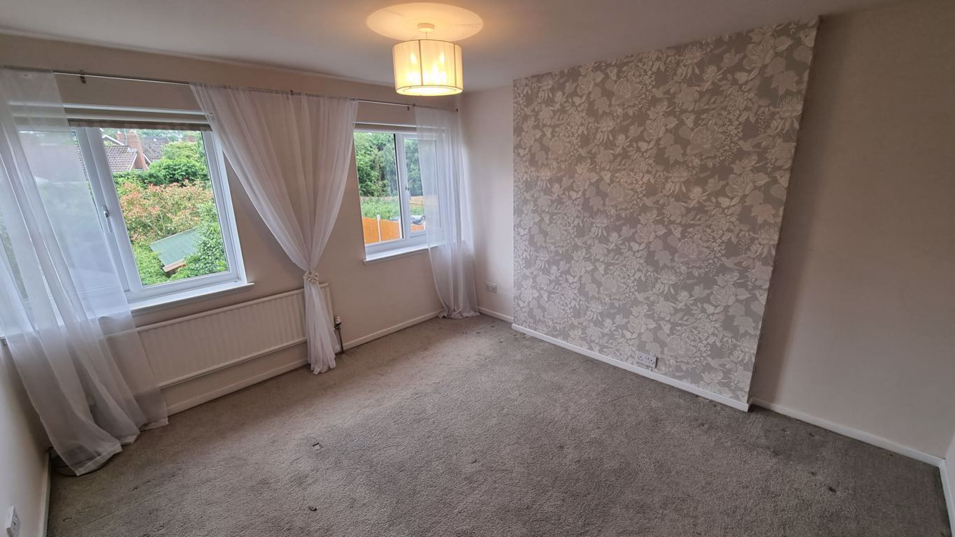 3 bed  to rent in Hagley, 4