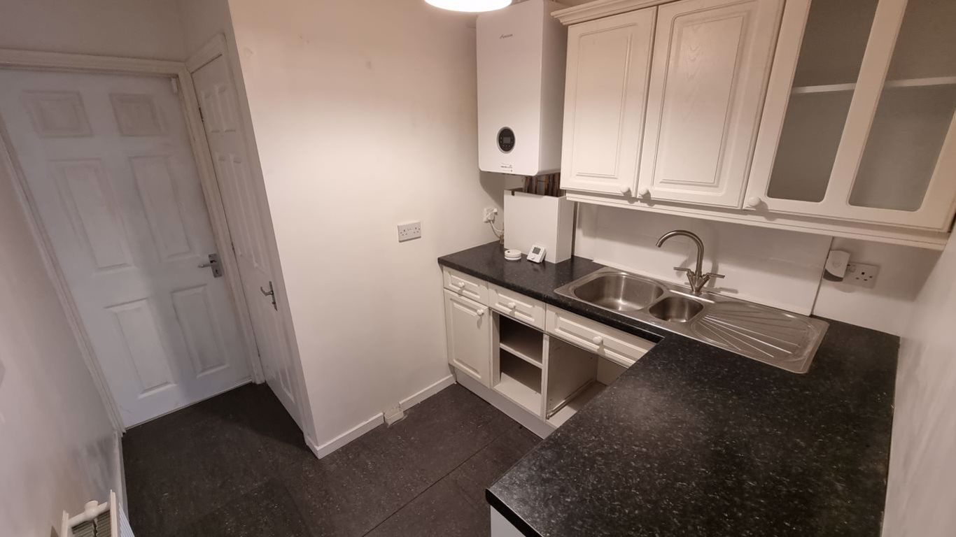 3 bed  to rent in Hagley, 10
