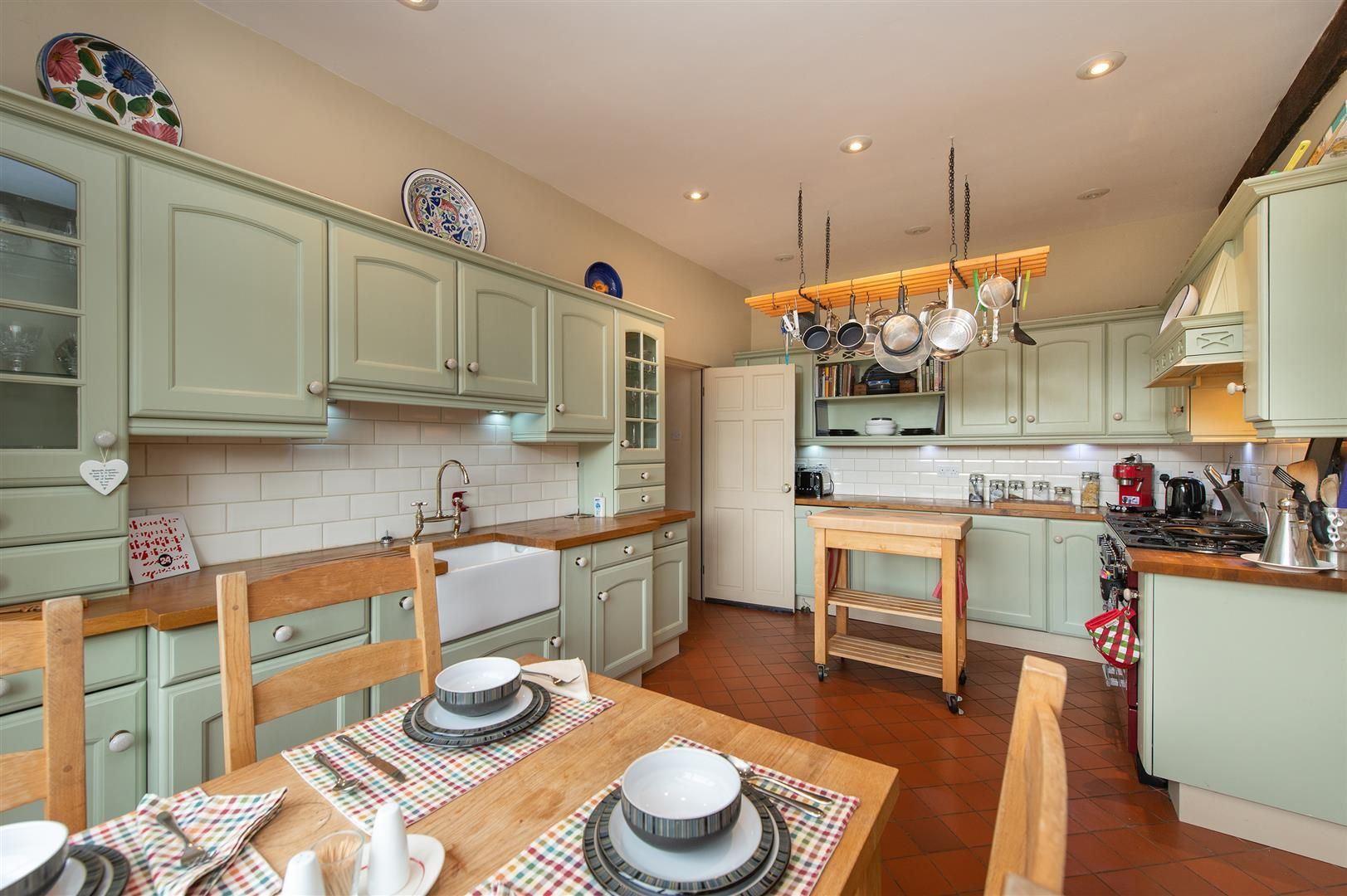 4 bed barn-conversion for sale in Wolverley 11