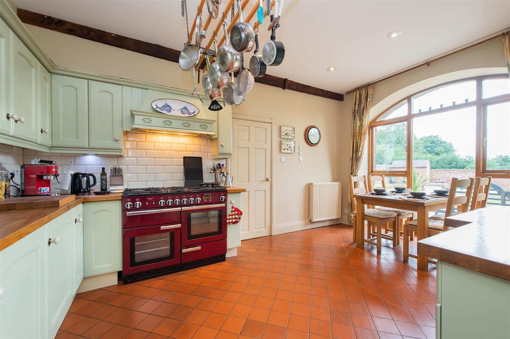4 bed barn-conversion for sale in Wolverley 12