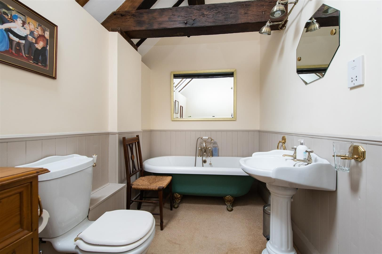 4 bed barn-conversion for sale in Wolverley 21