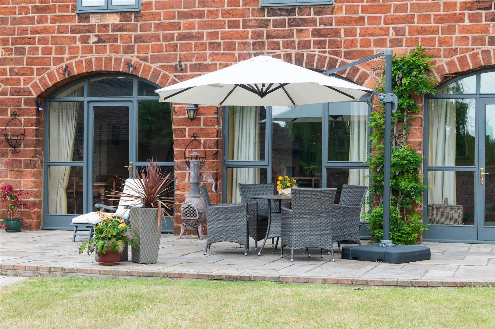 4 bed barn-conversion for sale in Wolverley 23