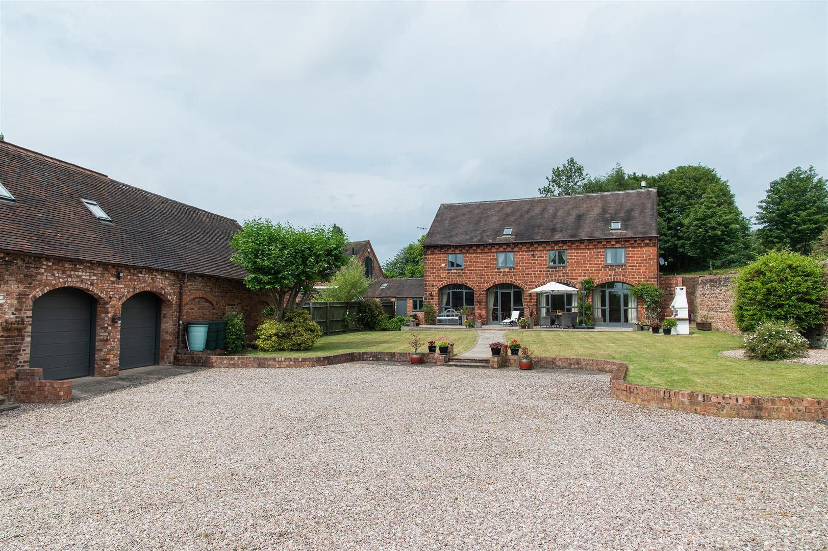 4 bed barn-conversion for sale in Wolverley 27