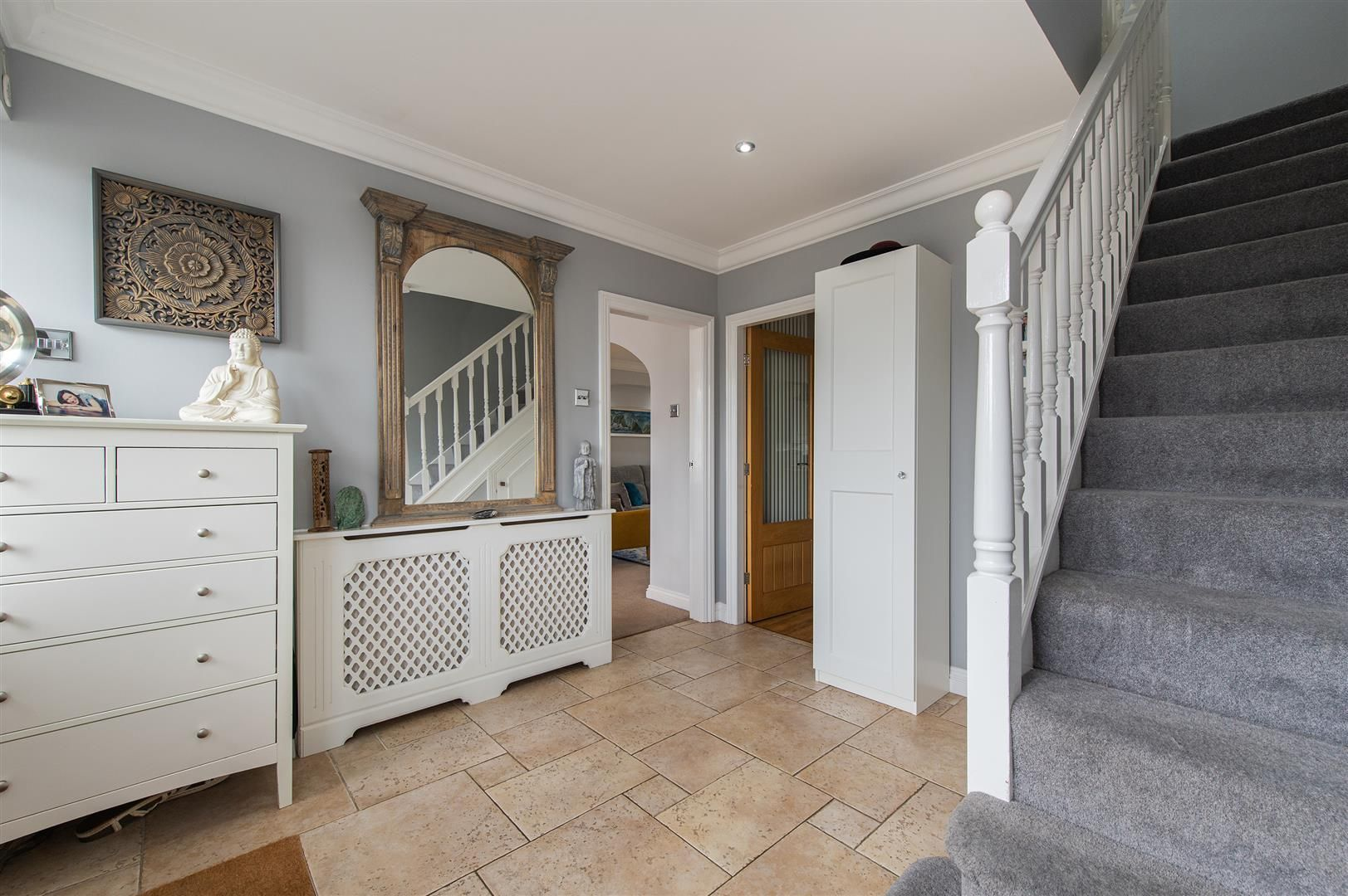 5 bed detached for sale in Hagley 2