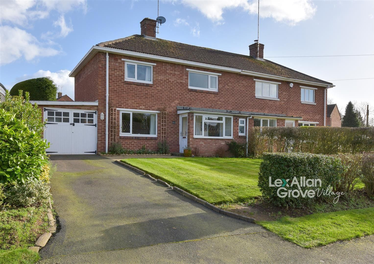 3 bed semi-detached for sale in Blakedown, DY10