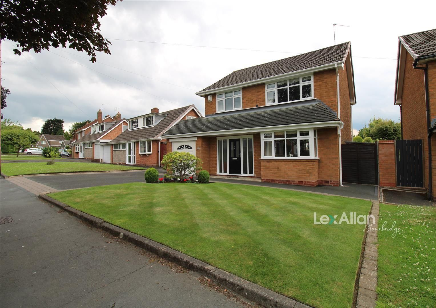 3 bed detached for sale in Pedmore - Property Image 1