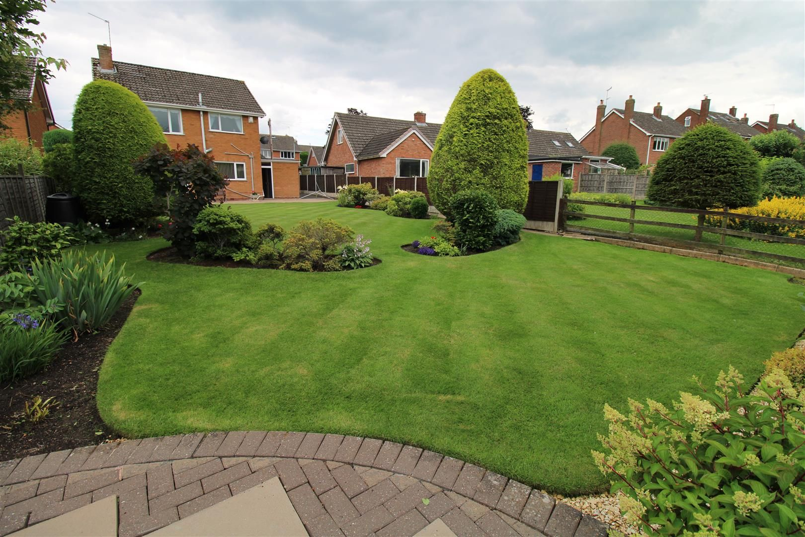 3 bed detached for sale in Pedmore 18