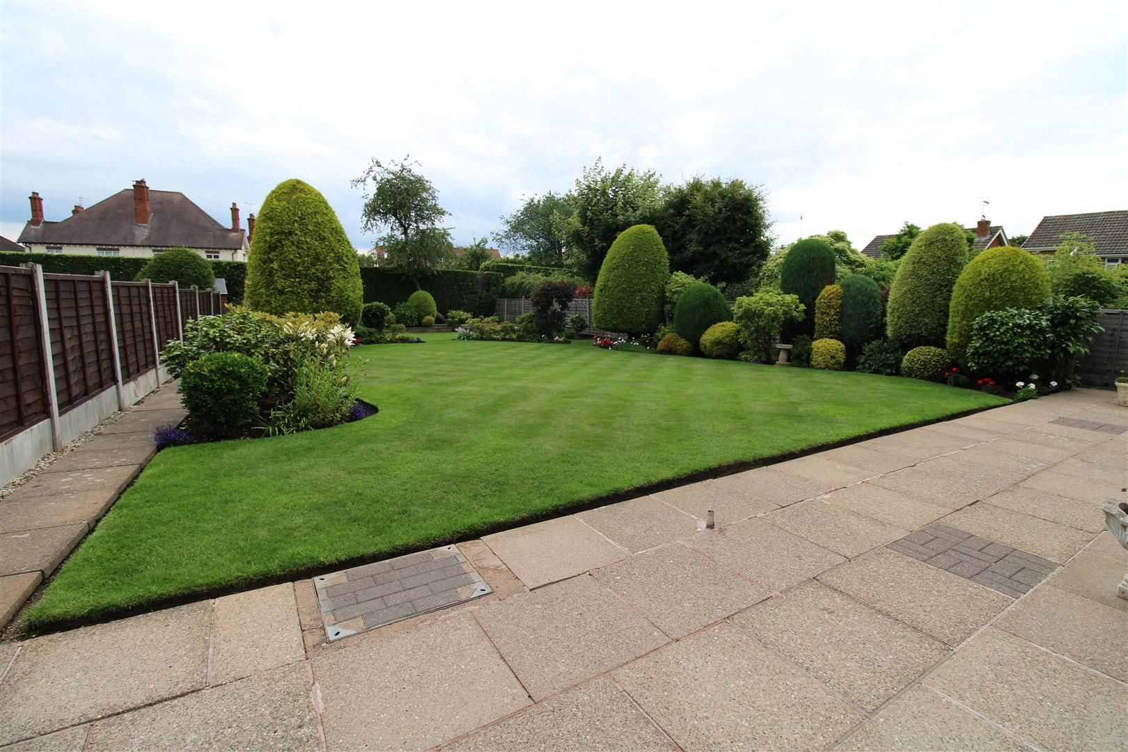 3 bed detached for sale in Pedmore 19