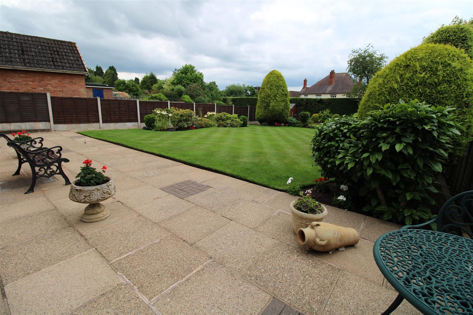 3 bed detached for sale in Pedmore 22