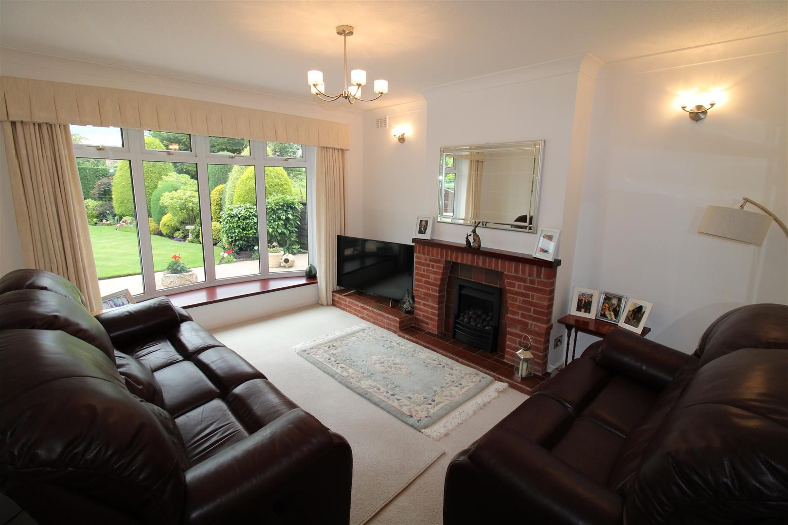 3 bed detached for sale in Pedmore 5
