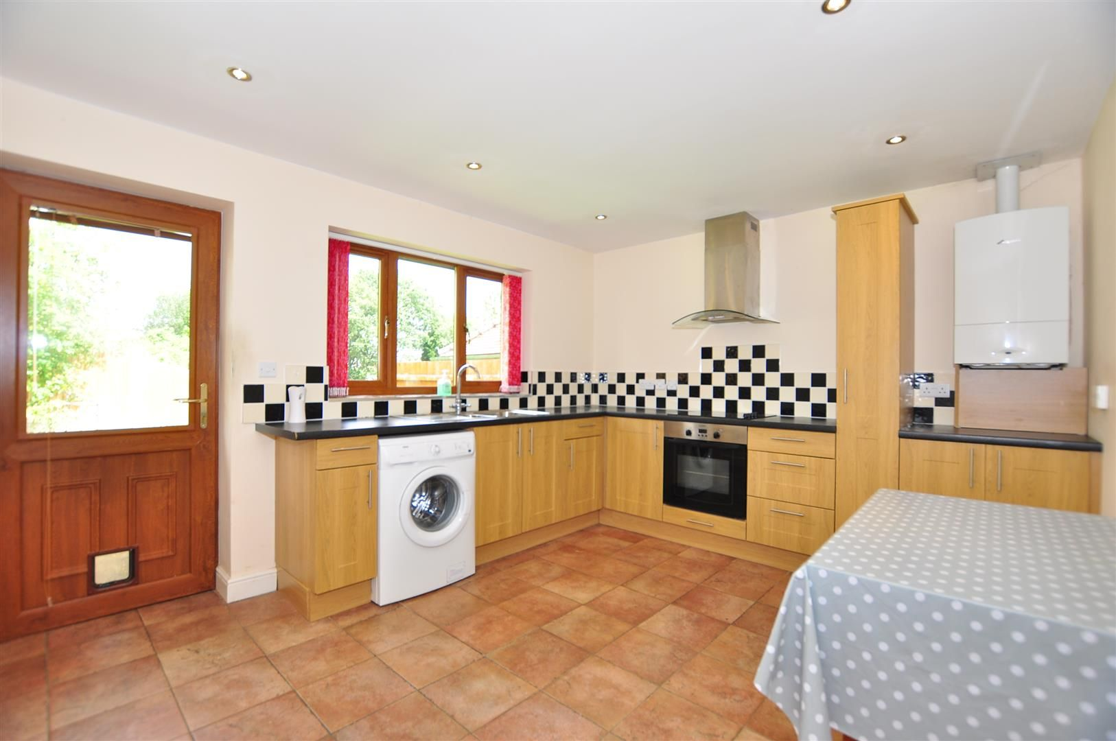 2 bed detached-bungalow for sale  - Property Image 4