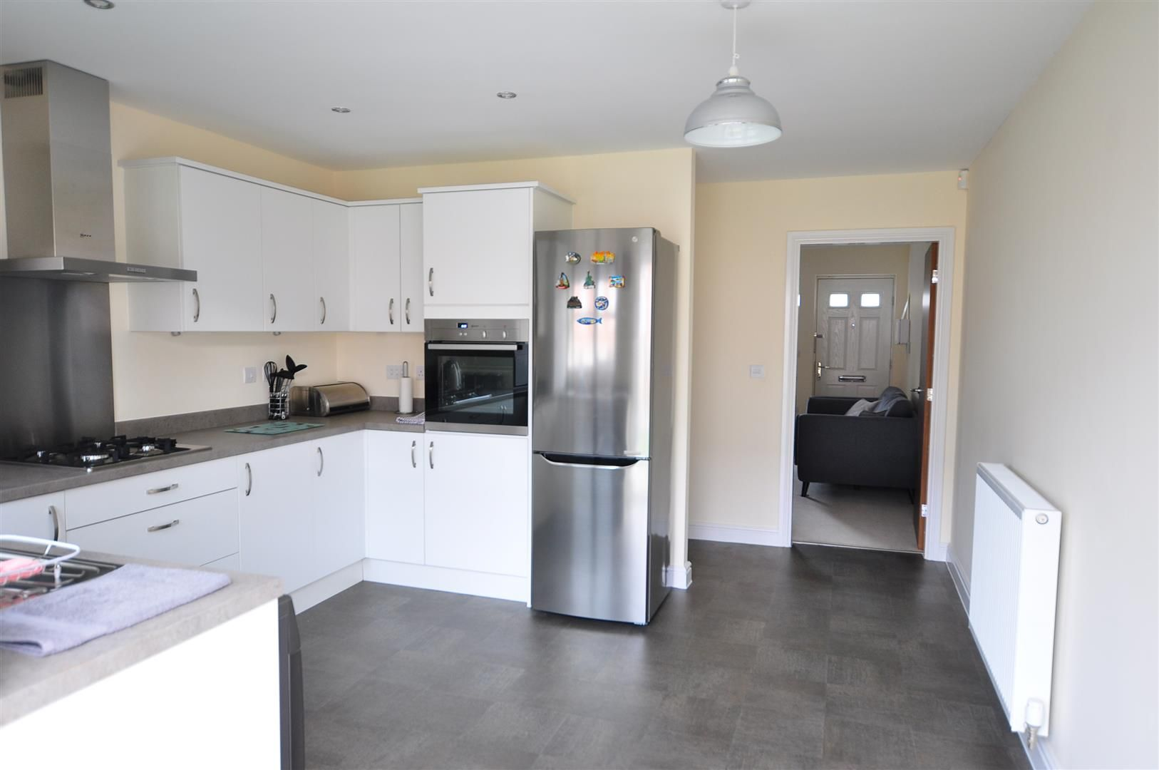 2 bed end-of-terrace for sale 6
