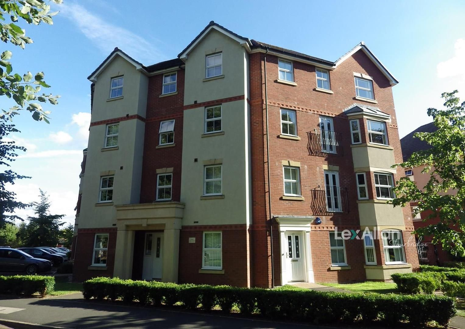 2 bed apartment for sale in Amblecote 1
