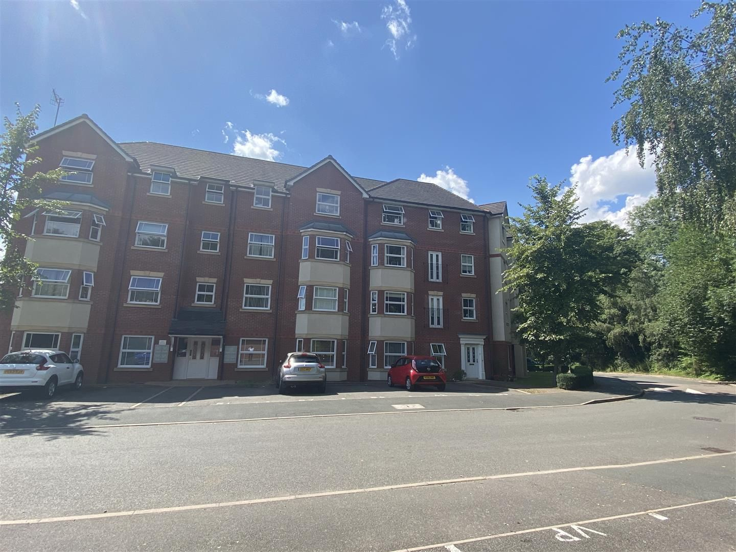 2 bed apartment for sale in Amblecote 9