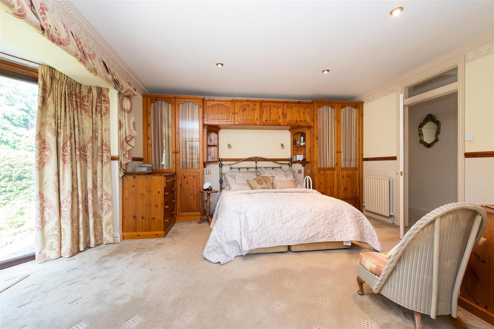 4 bed detached-bungalow for sale in Romsley 17