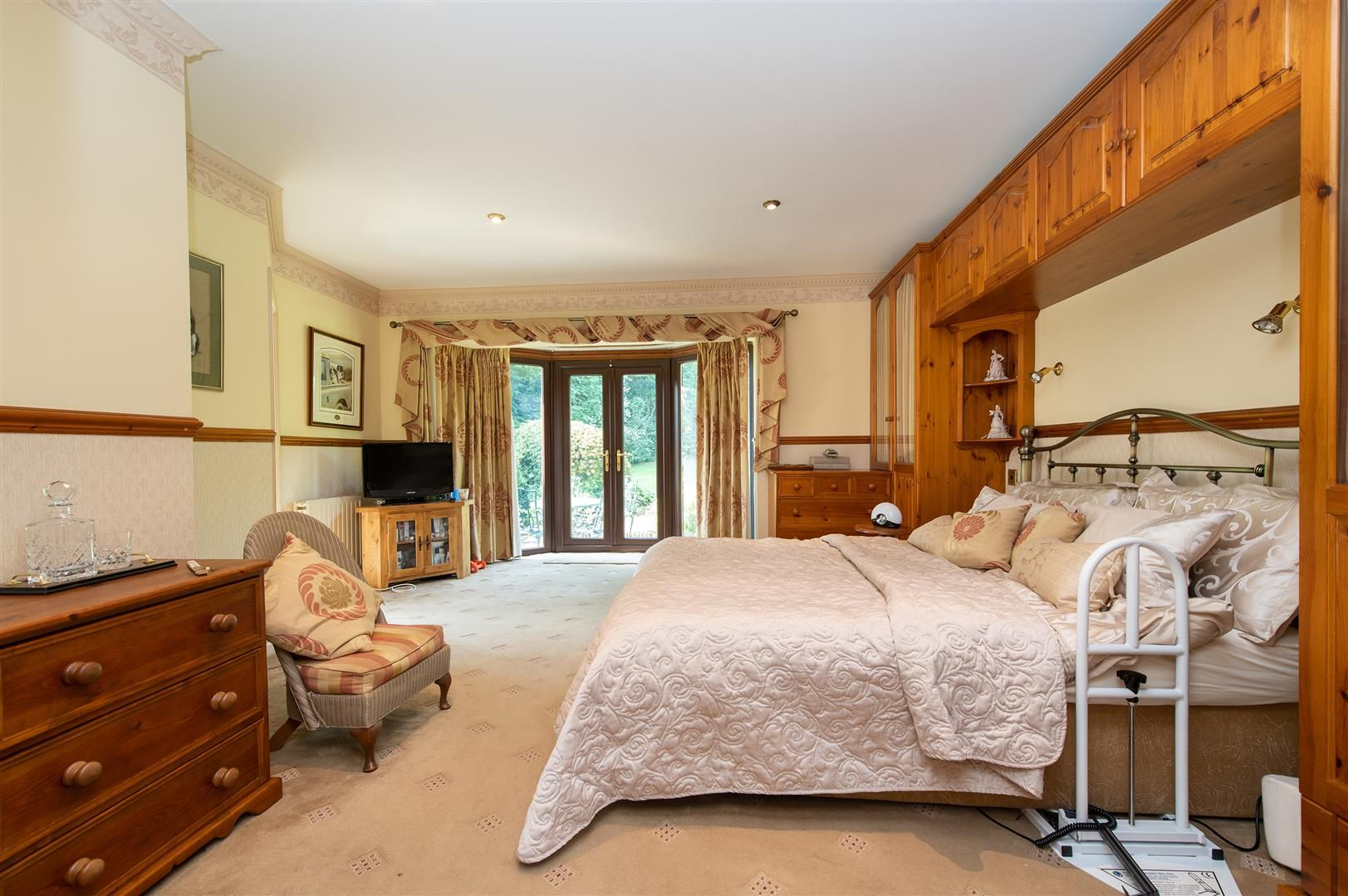 4 bed detached-bungalow for sale in Romsley  - Property Image 18