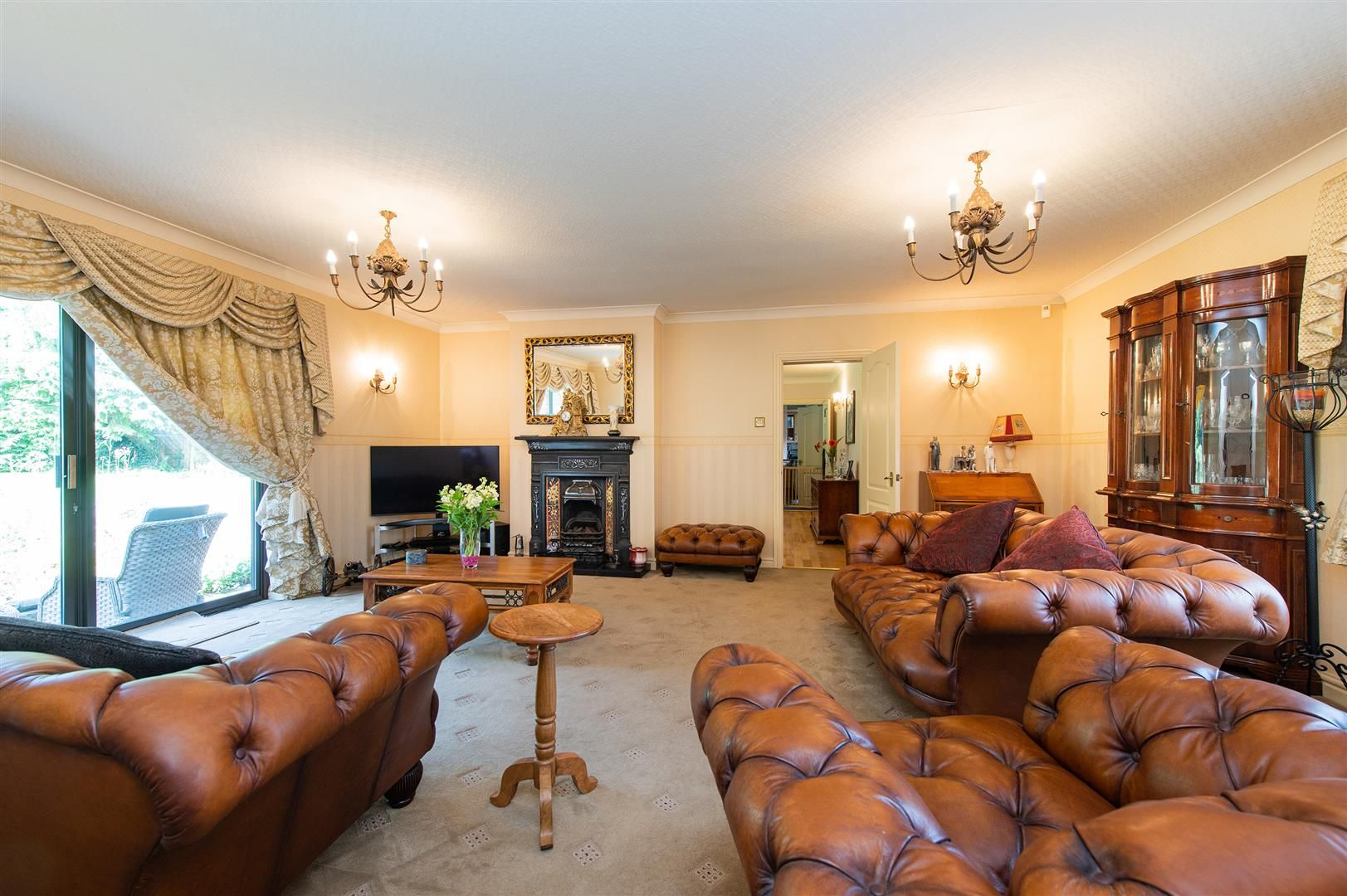 4 bed detached-bungalow for sale in Romsley  - Property Image 5