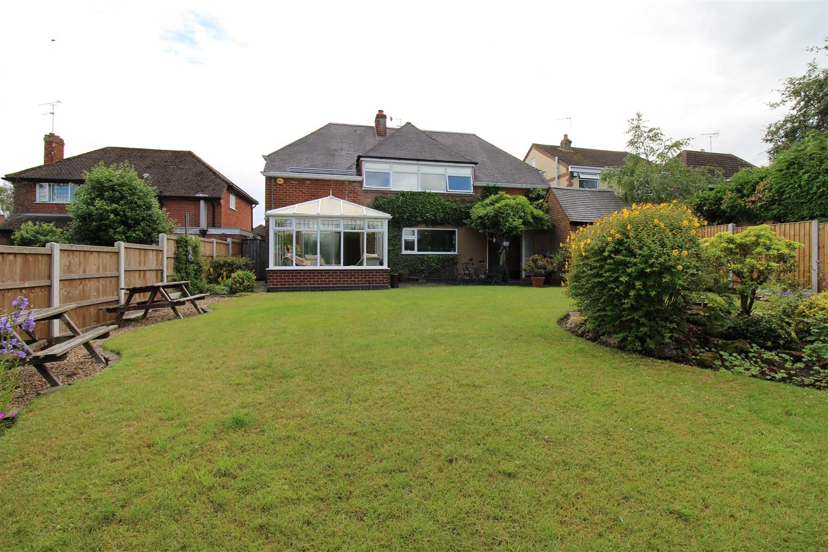 3 bed detached for sale in Norton 28