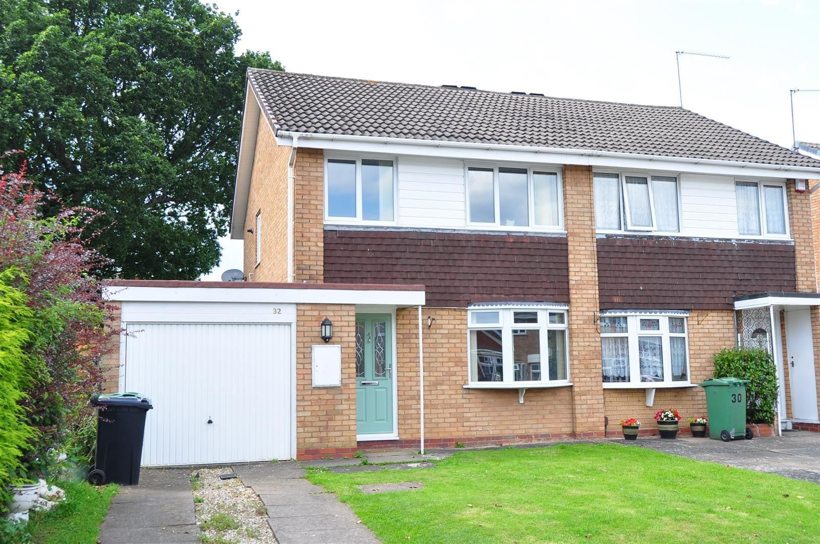 3 bed semi-detached for sale 15