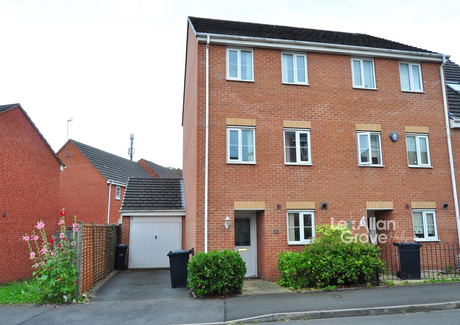 4 bed town-house for sale, B63