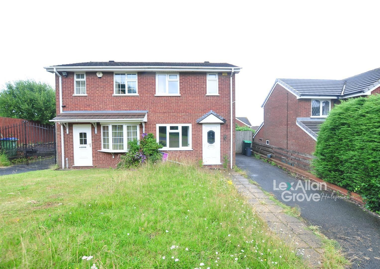 2 bed semi-detached for sale, B65