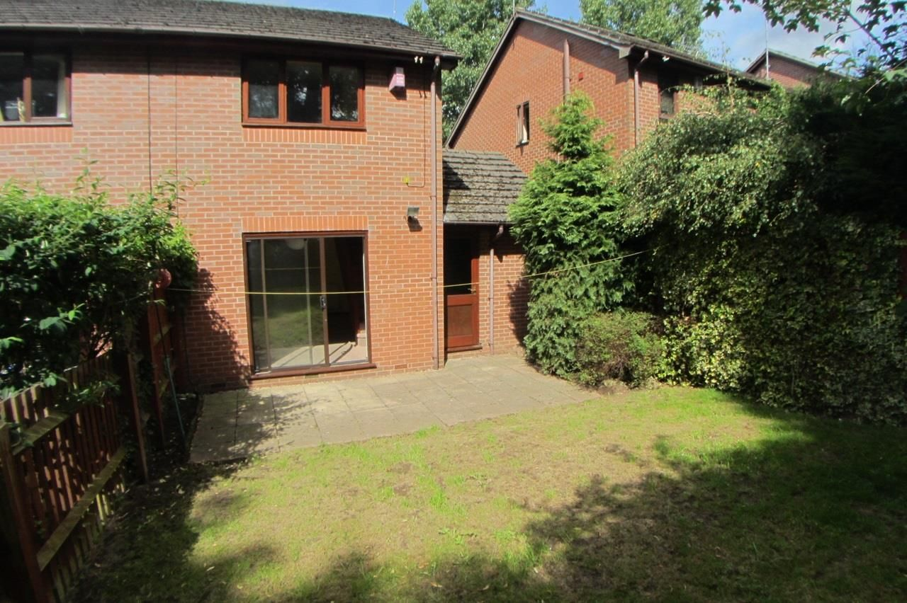 2 bed semi-detached for sale in Blakedown 10