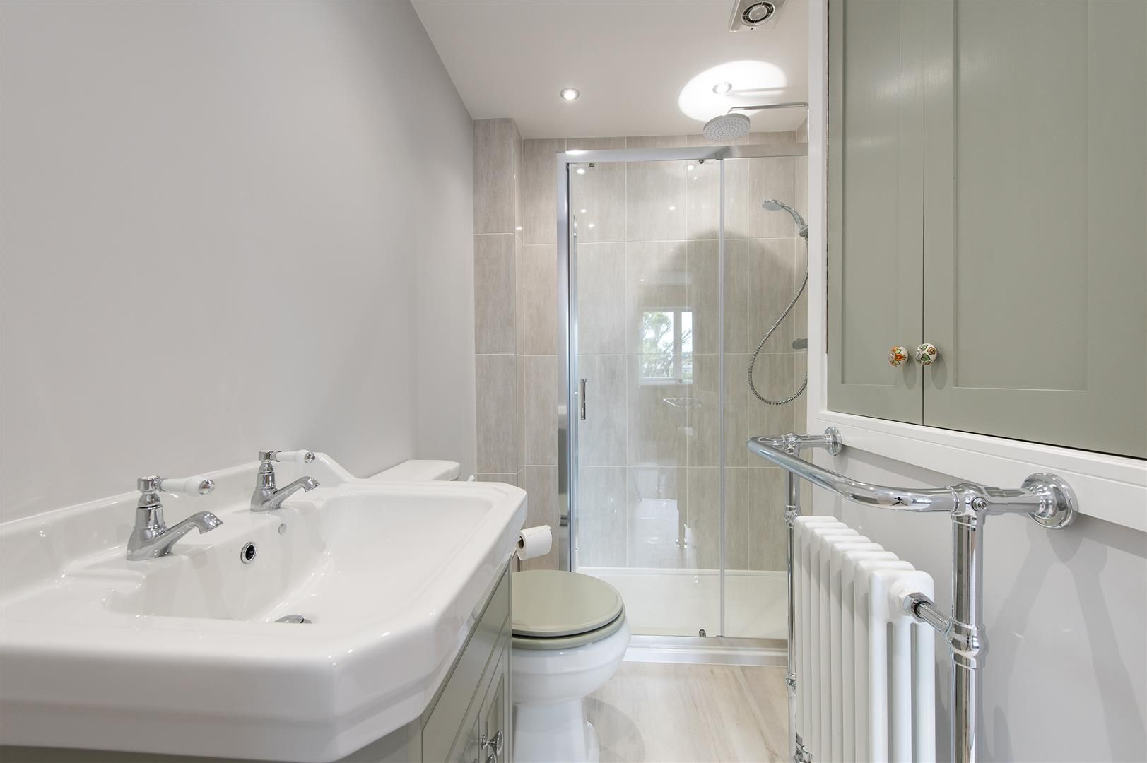 3 bed town-house for sale in Hagley 16