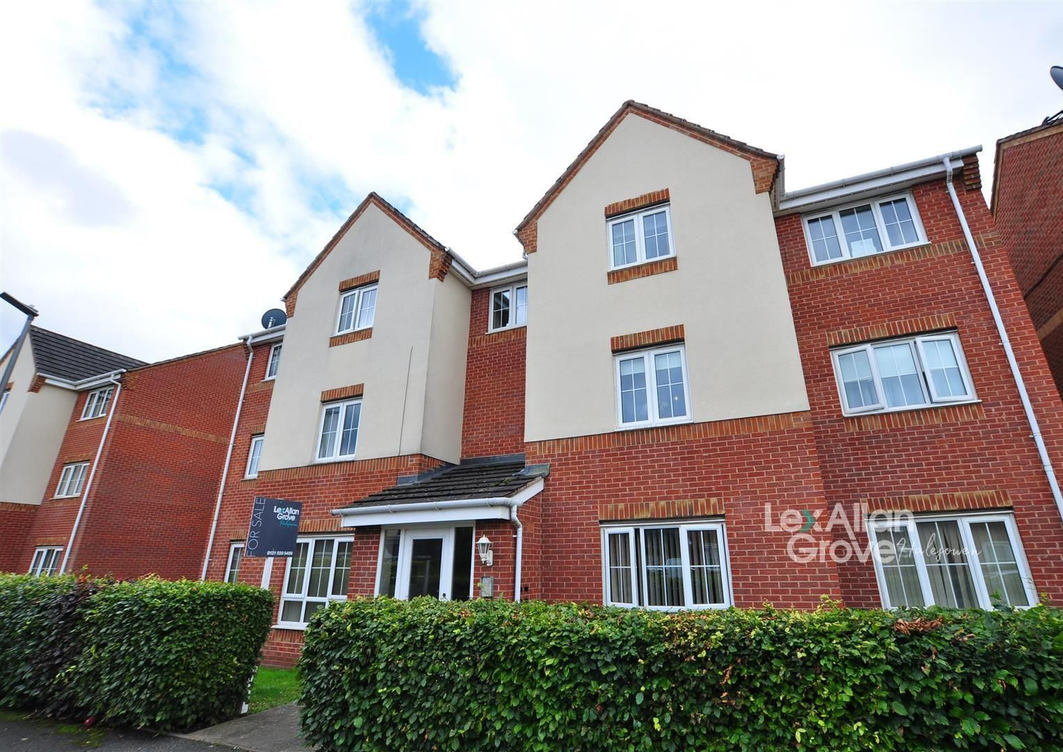 2 bed apartment for sale, B64