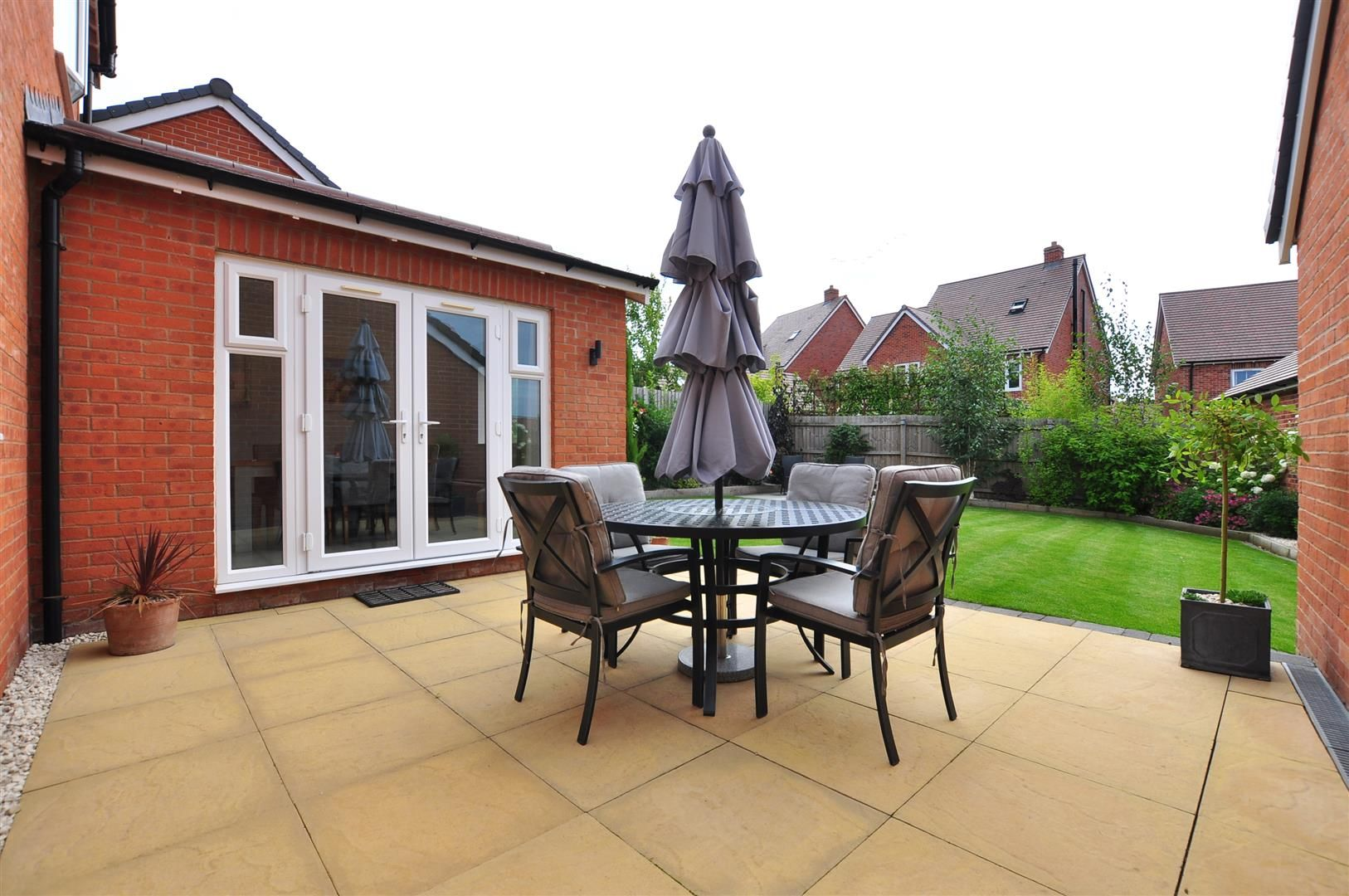 4 bed detached for sale in Hagley 21