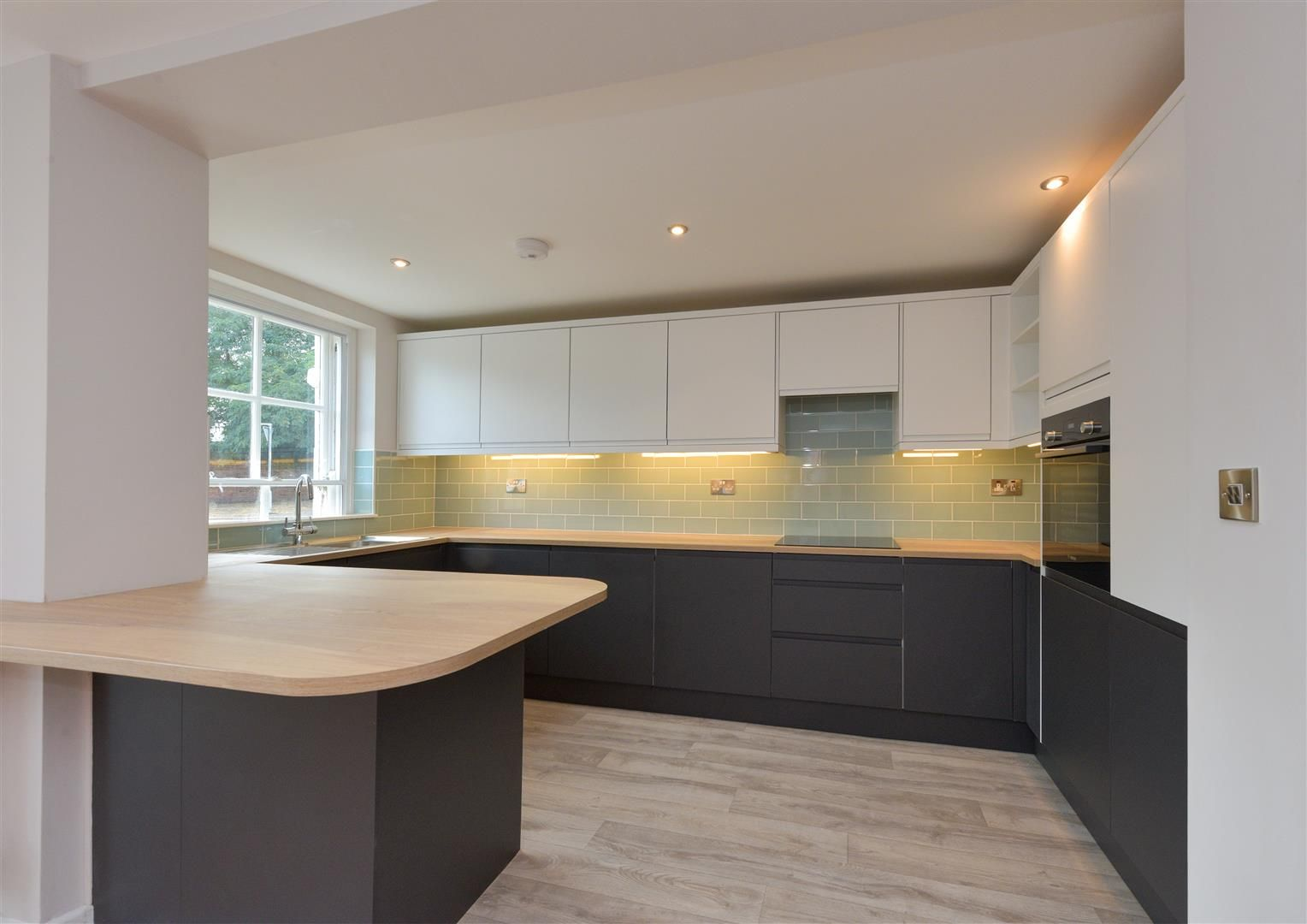 2 bed apartment for sale  - Property Image 2