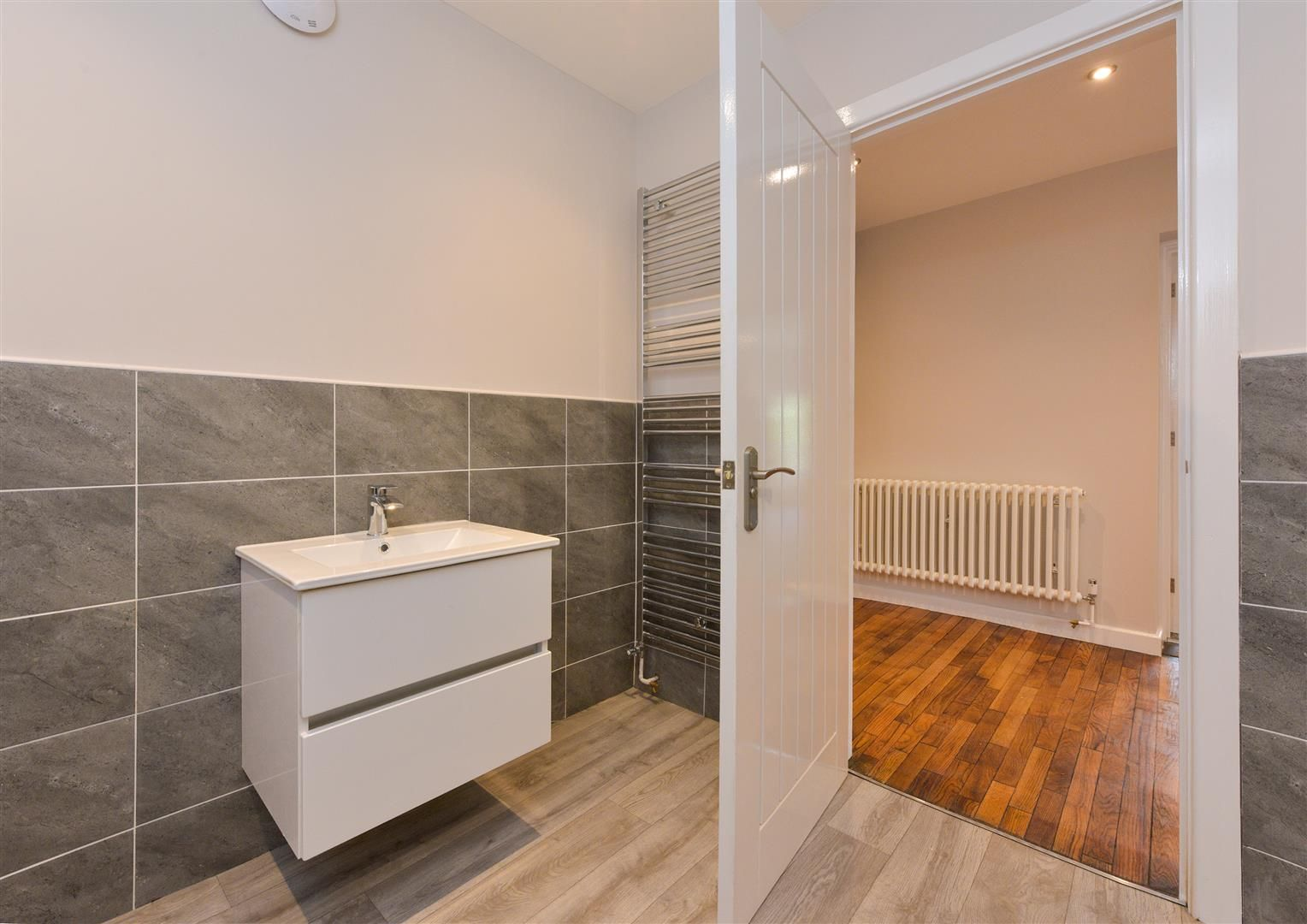 2 bed apartment for sale  - Property Image 16