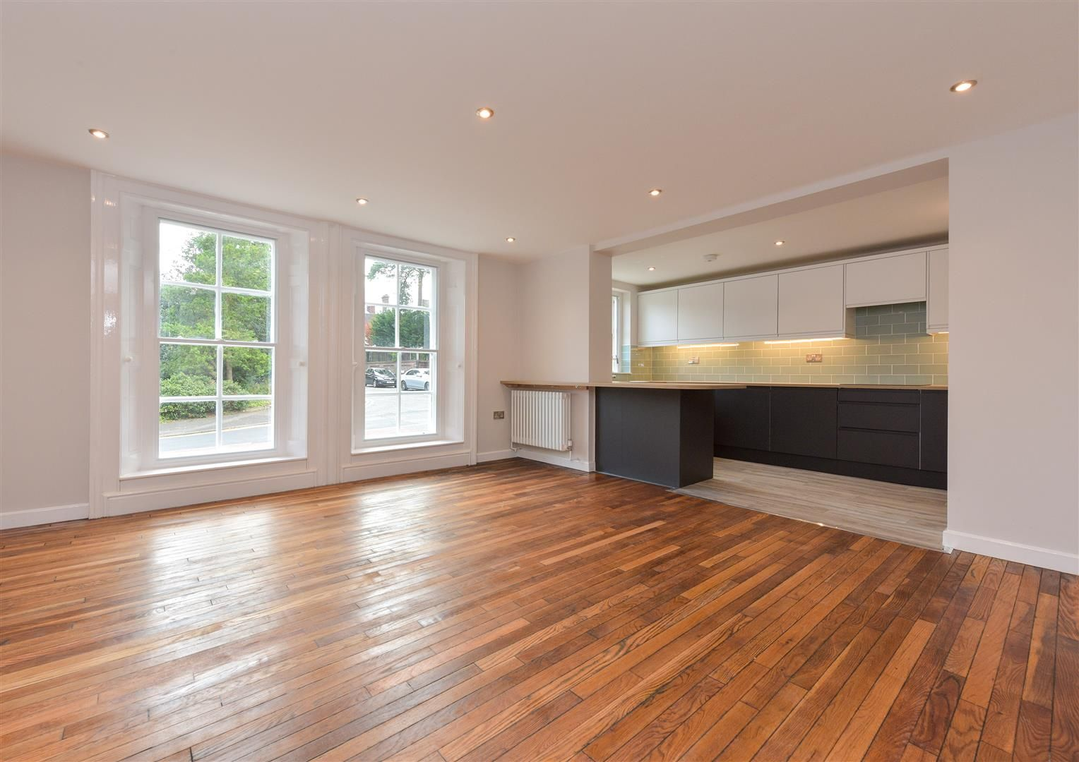 2 bed apartment for sale  - Property Image 17