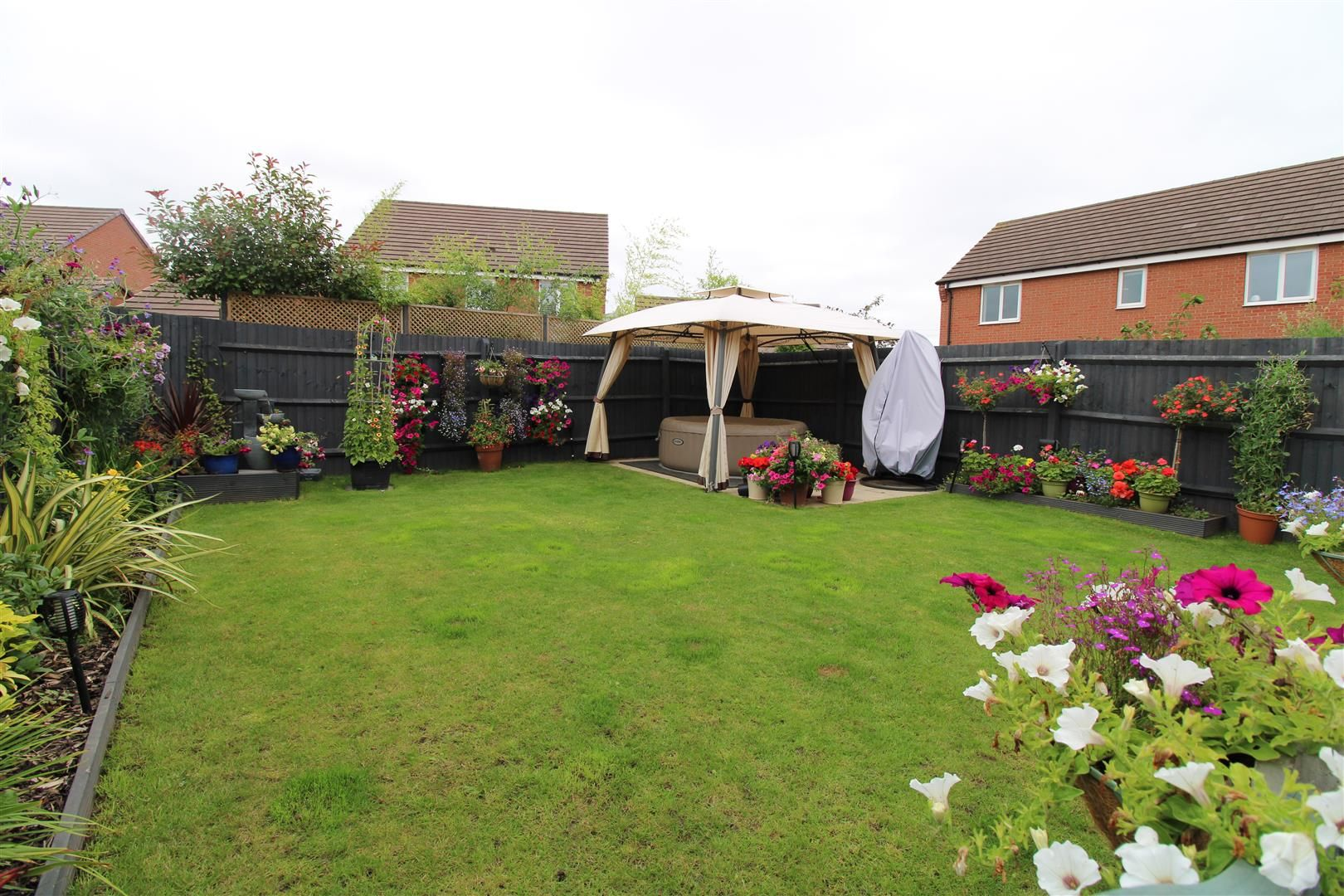 4 bed detached for sale 23