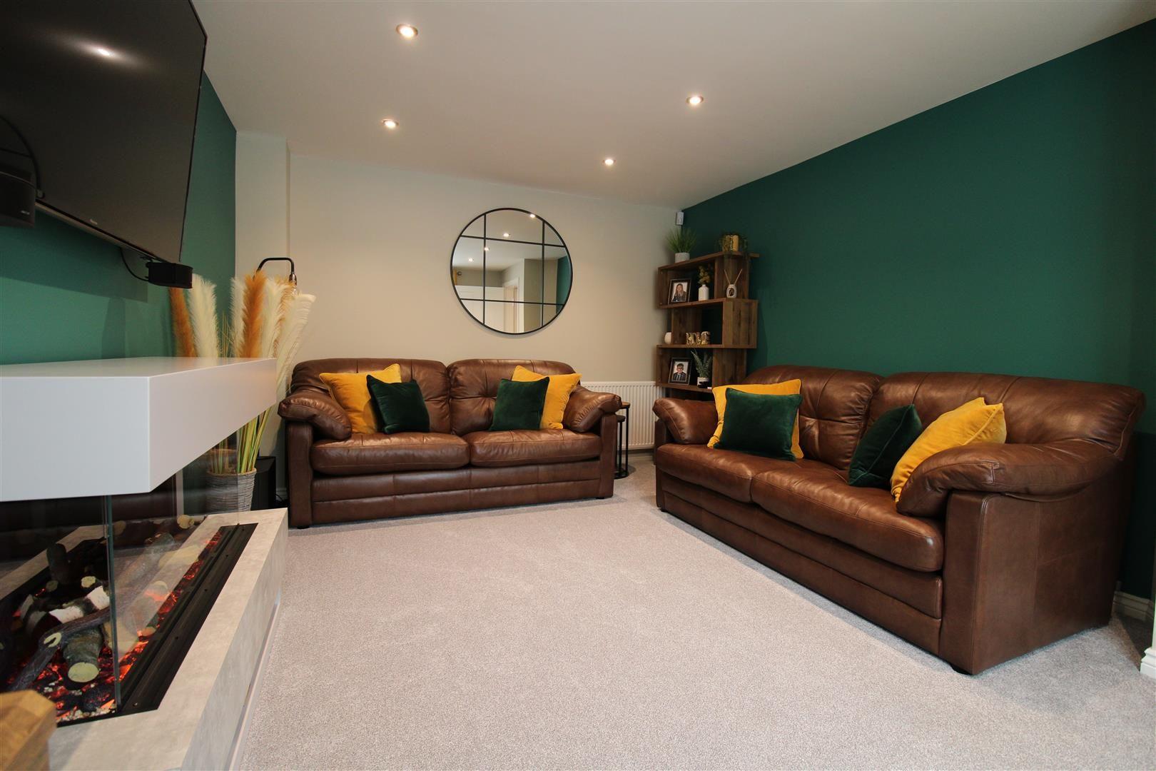 4 bed detached for sale  - Property Image 5
