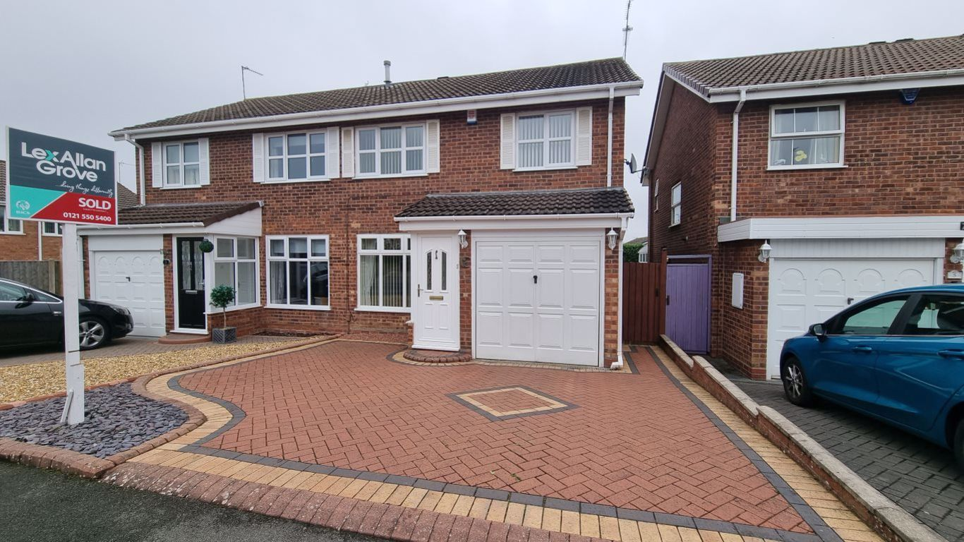 3 bed  to rent in Hayley Green,, B63