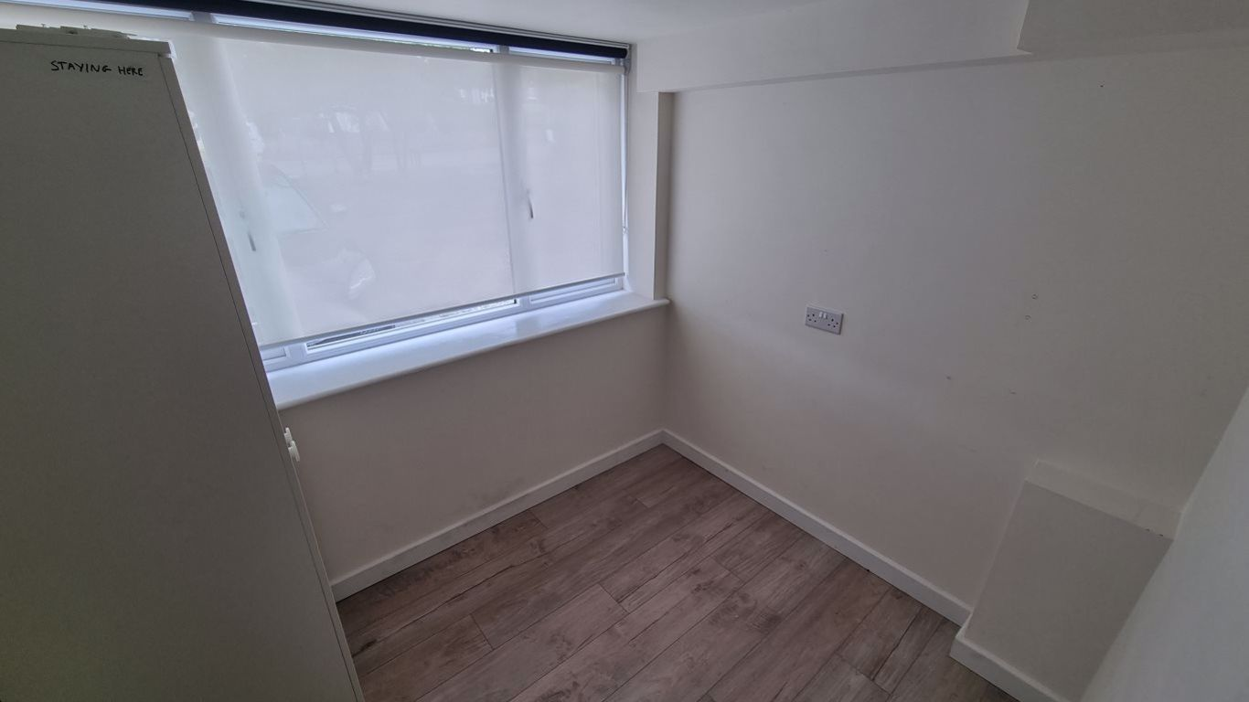 3 bed  to rent  - Property Image 12