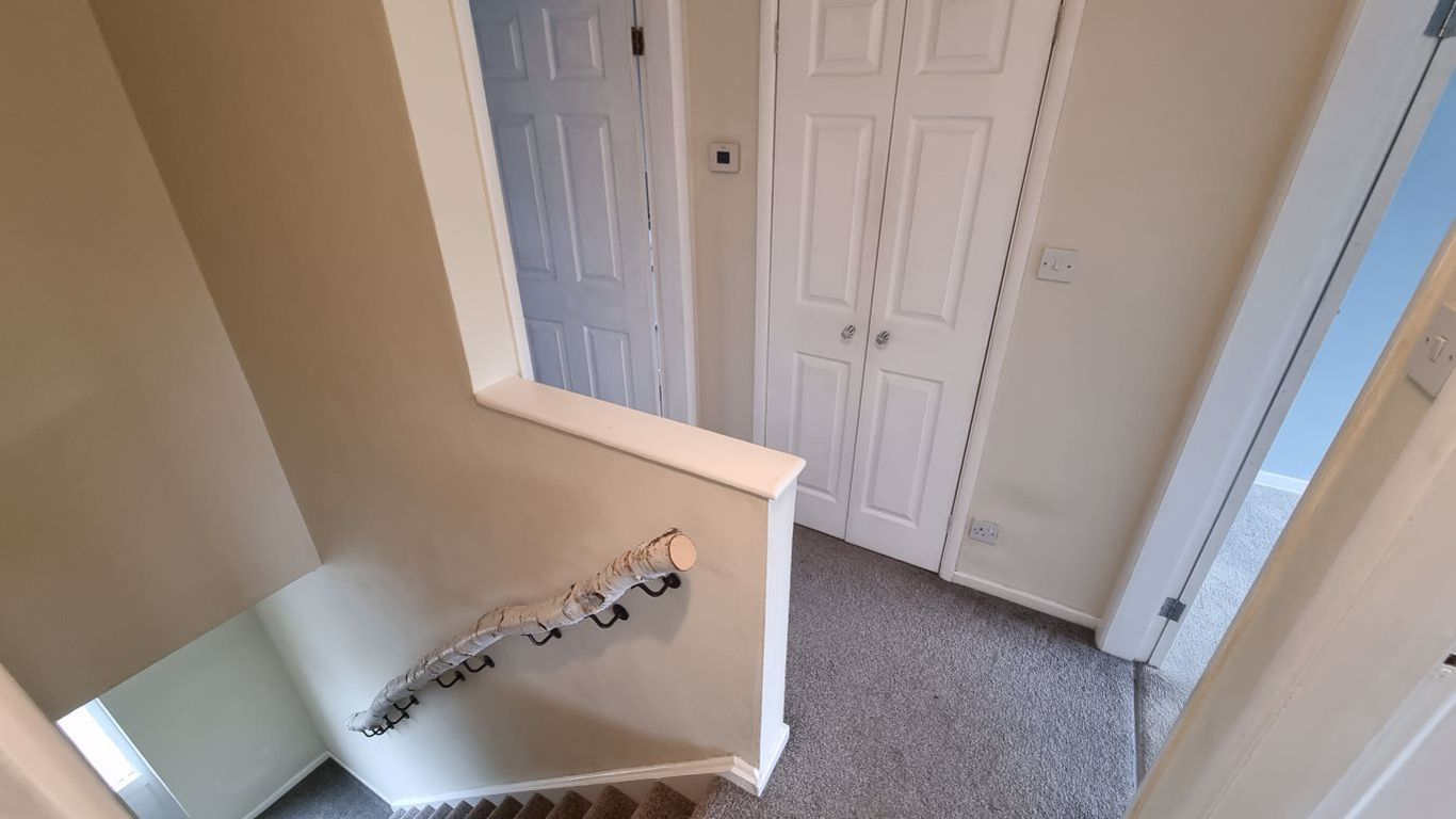 3 bed  to rent  - Property Image 13