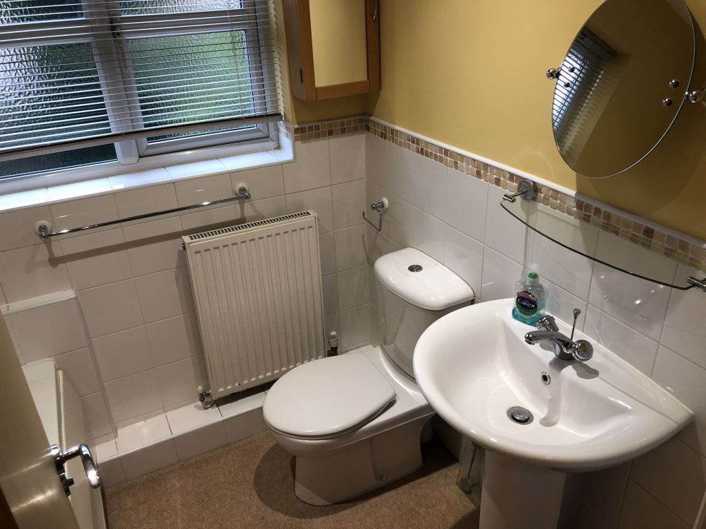 3 bed  to rent 5