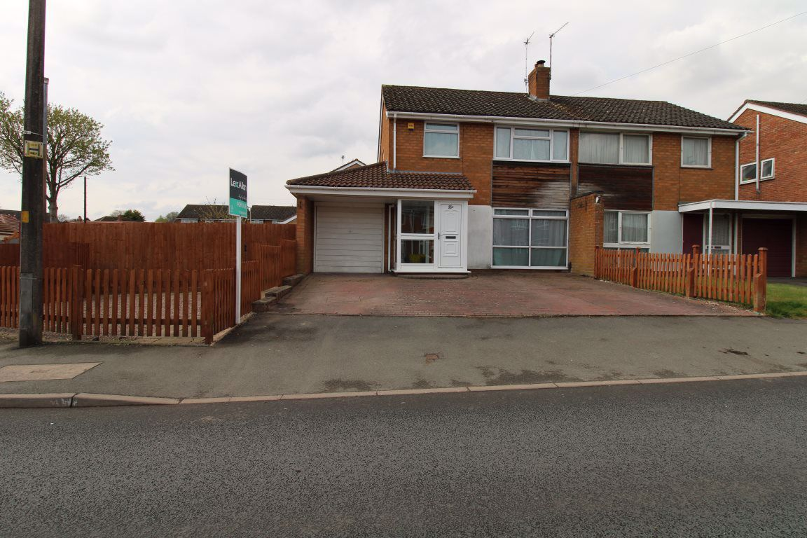 3 bed  to rent in Wollaston,, DY8