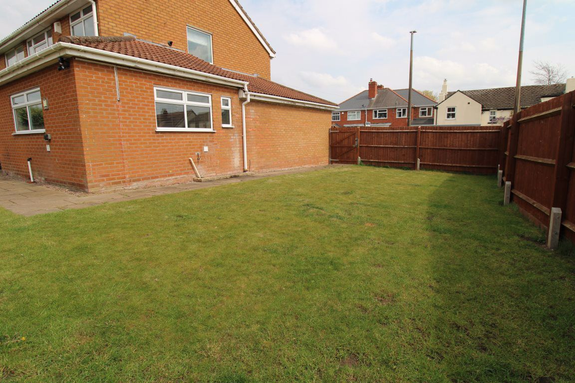 3 bed  to rent in Wollaston, 17