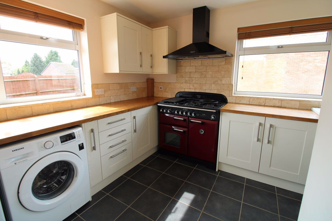 3 bed  to rent in Wollaston, 3