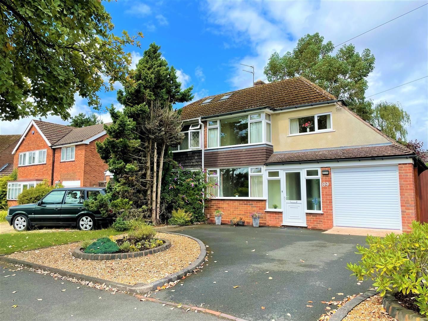 3 bed semi-detached for sale in Hagley 13