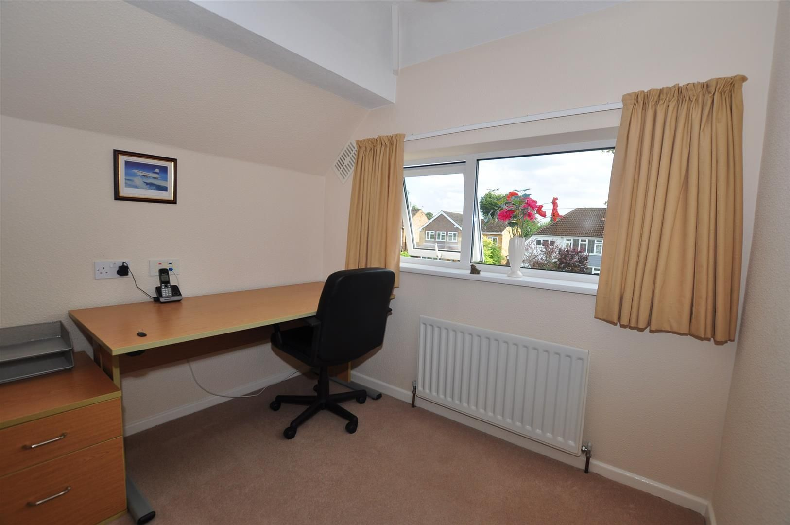 3 bed semi-detached for sale in Hagley 7