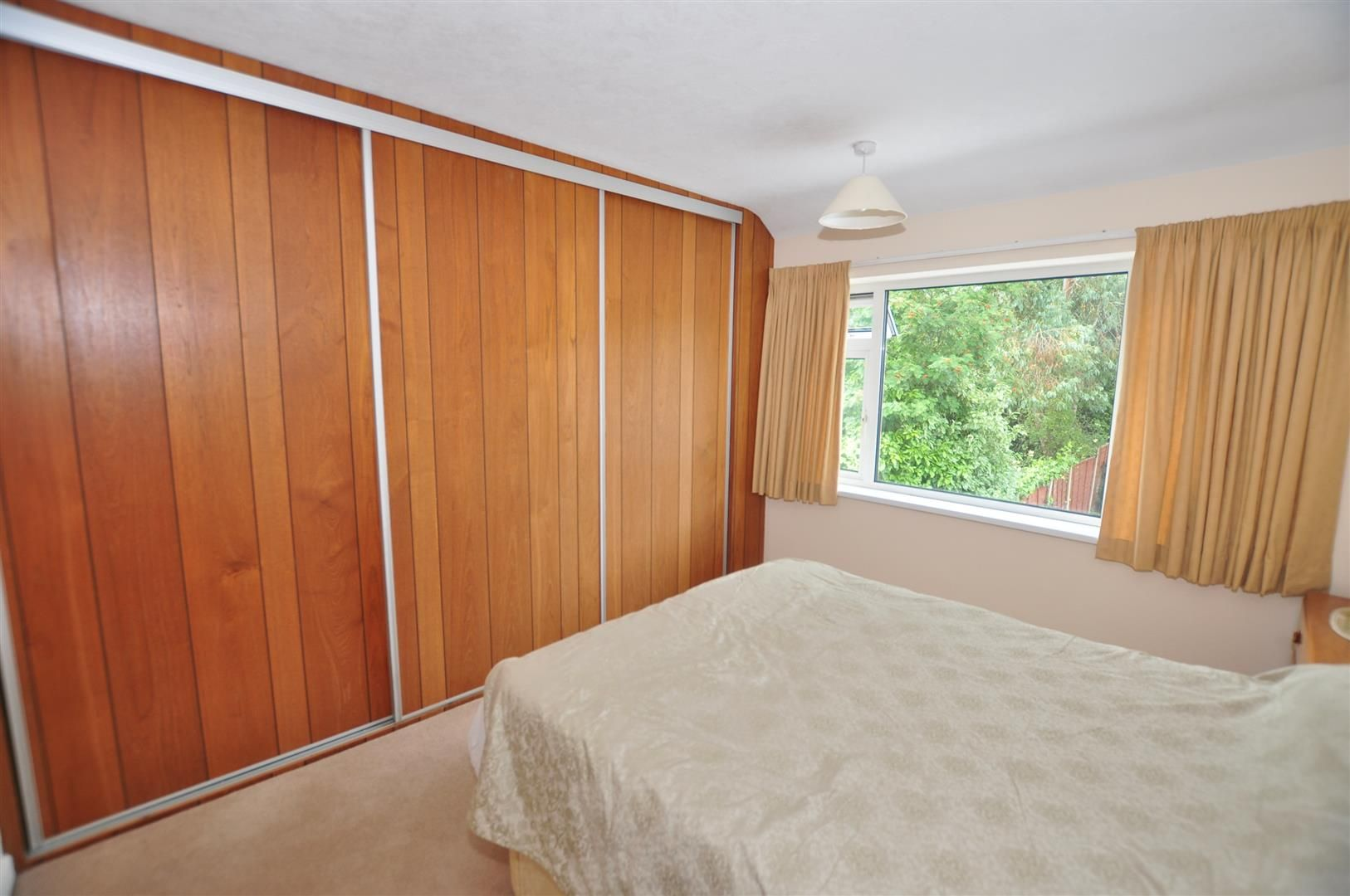 3 bed semi-detached for sale in Hagley 9